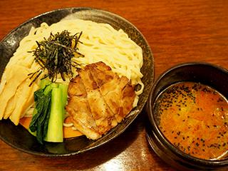 【海浜幕張店限定】夏のおすすめ、ピリ辛つけ麺